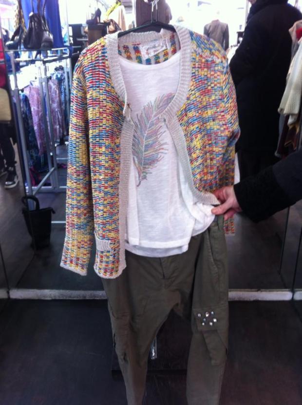 Pantalon 139€ - Gillet 69€ - Top 39€