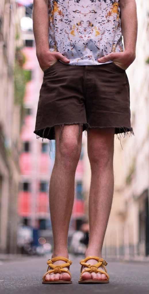 homme-look-sandales-zara-short-levis-marron-julien-van-der-drisch-blogueur-blogger-blog-mode-fashion-paris-lille-marseille-toulouse-nantes-rennes