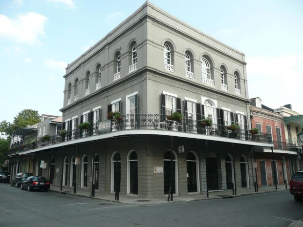 The_LaLaurie_Mansion-592ac0715f9b585950396d65